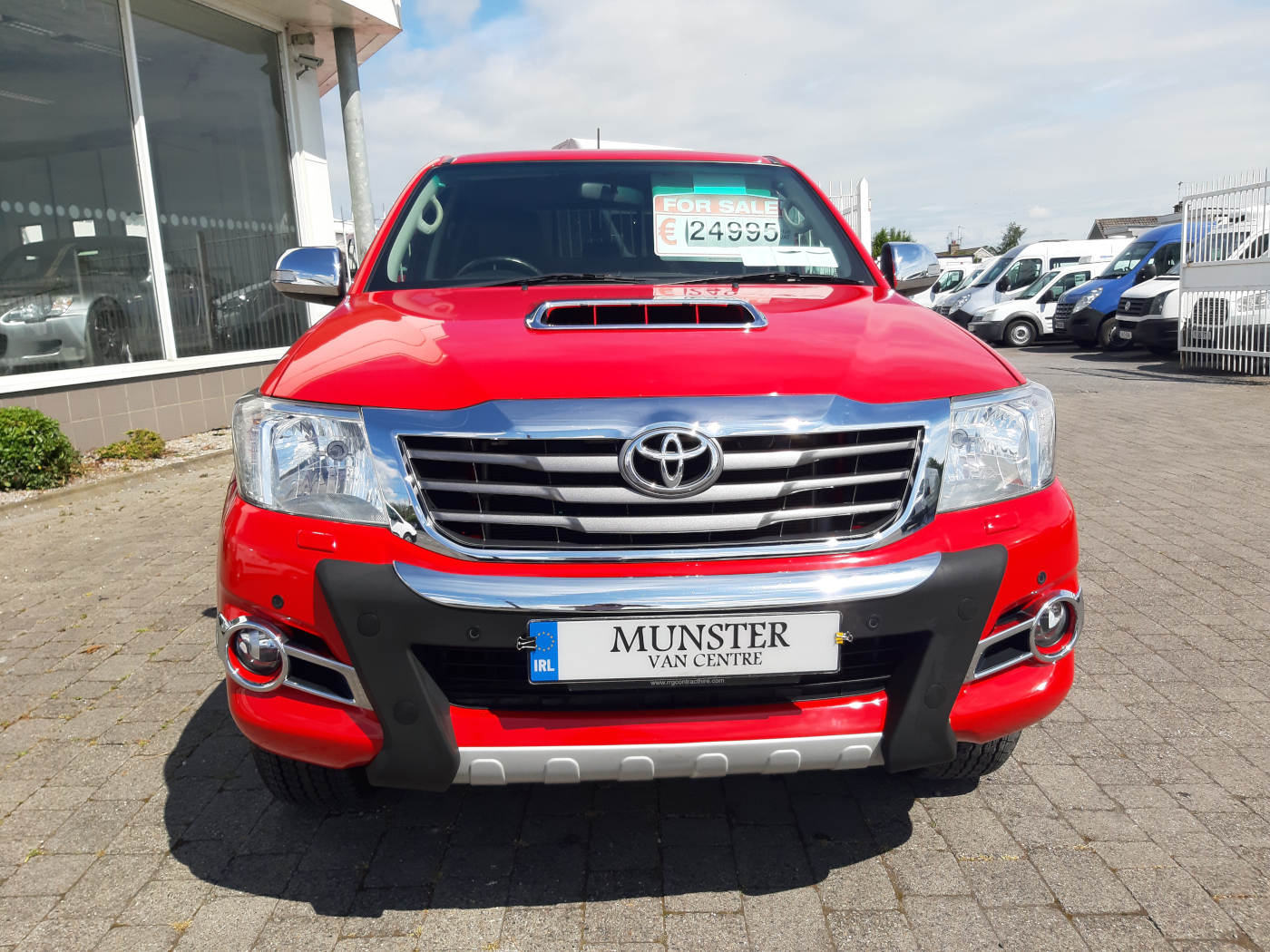161 Toyota HiLux Invincible  3 0 D14  Stunning | Munster Van